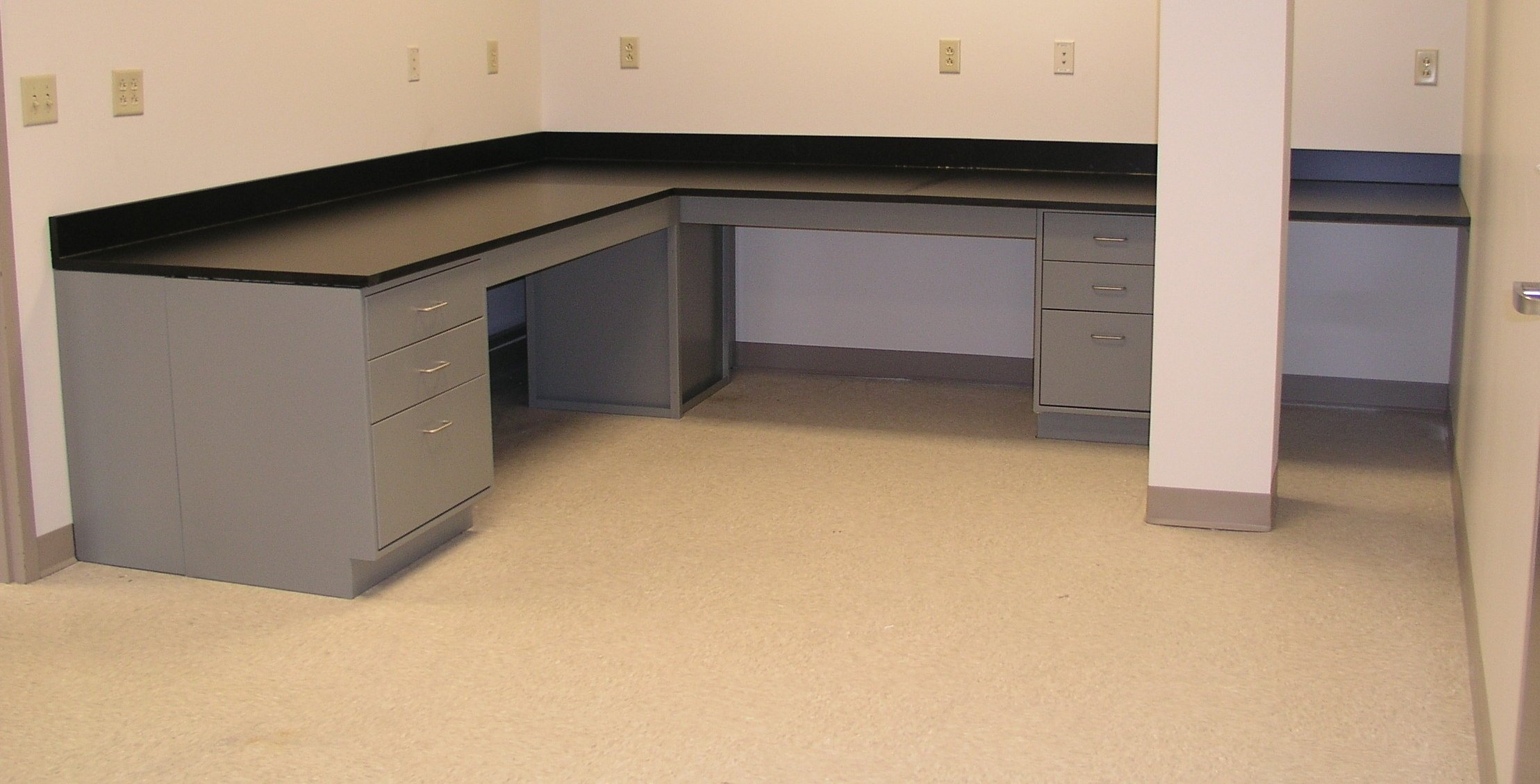 sitting_height_lab_cabinets